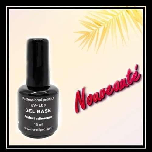 Afin de faciliter l'application  🚨Nouvelle base de 15ml en flacon🚨  Cette base avec une adhérence extra forte sur les ongles dû au promo-adherent intégré, elle n'a pas d'acid.    #cnailpro #nails💅 #posegel #couleursnails #nouveautés